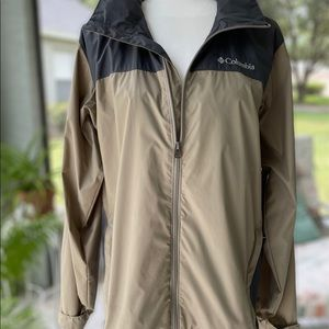 Columbia Windbreaker/Outer-shell Men's size S